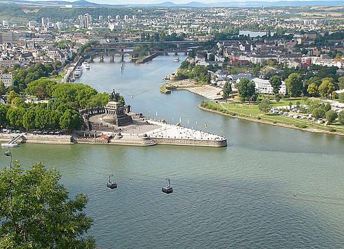Koblenz-deutsches_eck08_594px.jpg